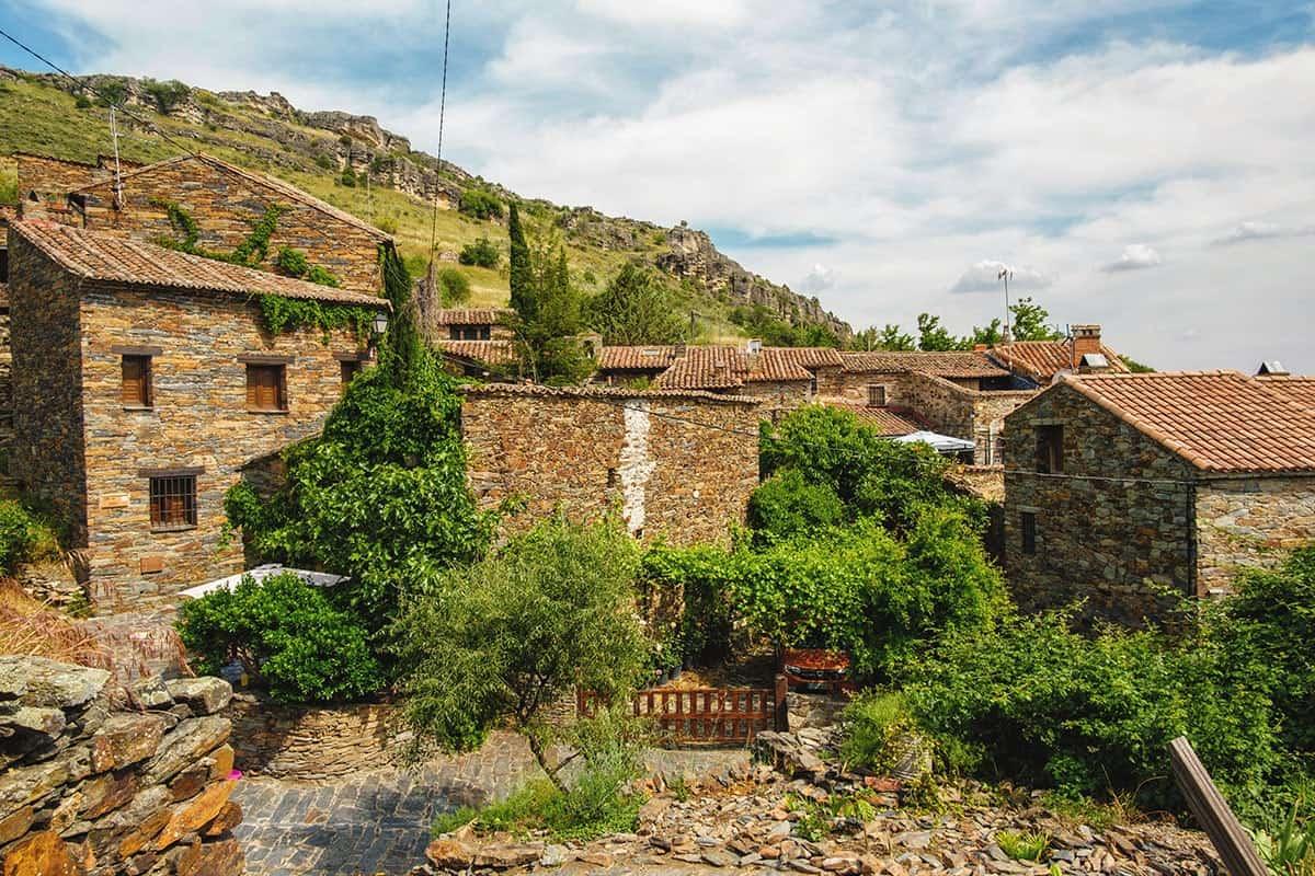 Vistas de Patones de Arriba en la Sierra norte de Madrid