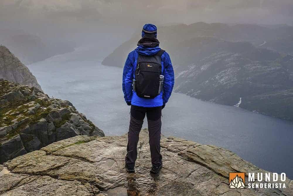 Uno de los momentos más especiales de mi vida en solitario, gracias a preparar minuciosamente la previsión meteorológica para la montaña