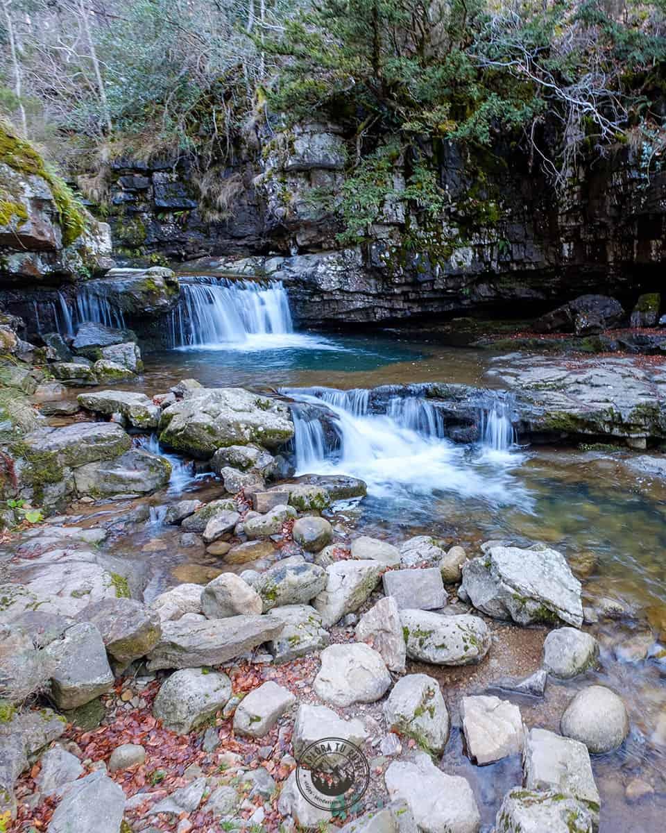 Las Cascadas del Puente Ra en otoño