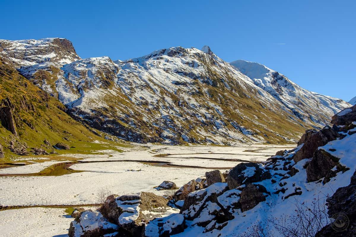 Dos espectaculares rutas para llegar al Dolmen de Aguas Tuertas del río Aragón Subordán