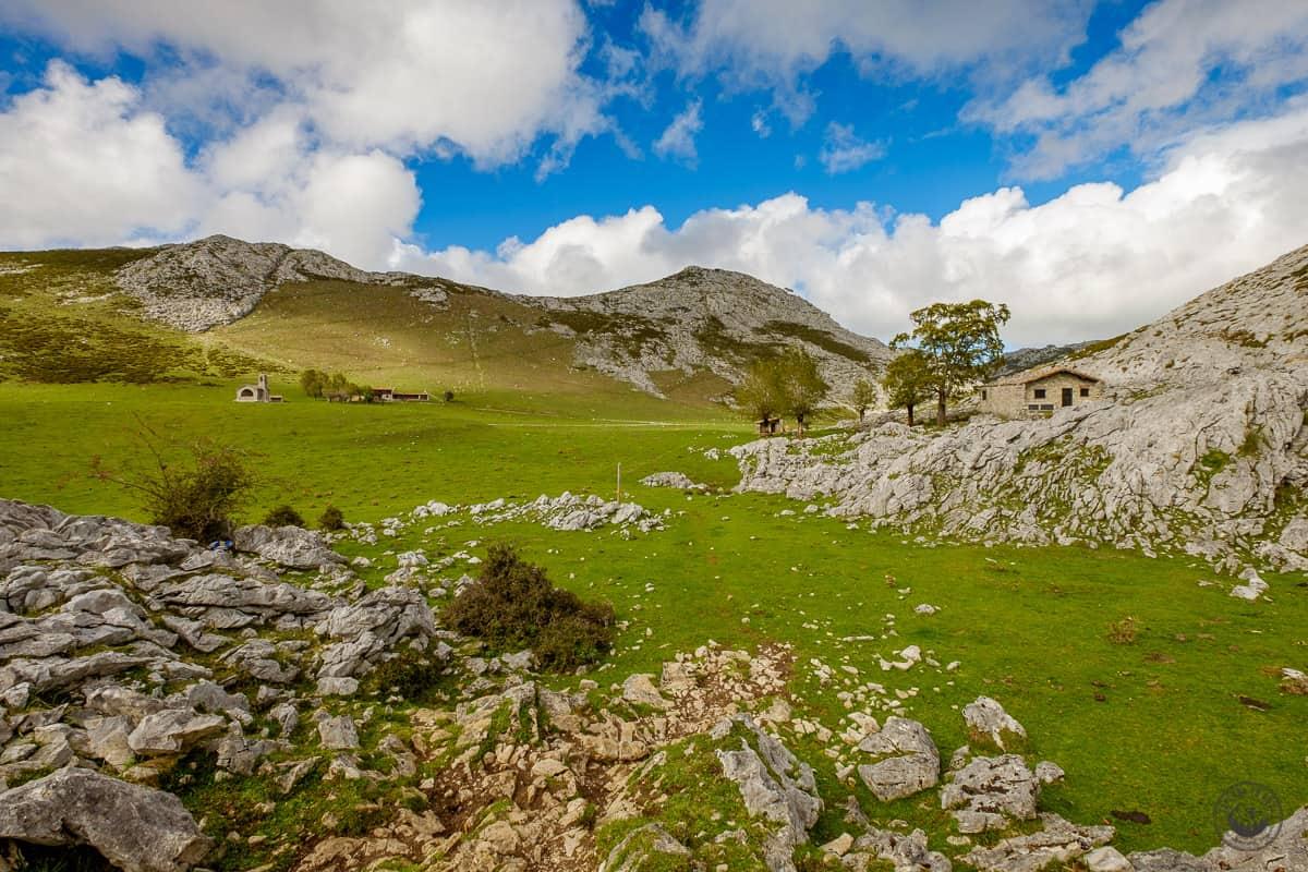 El valle de los Lagos de Covadonga